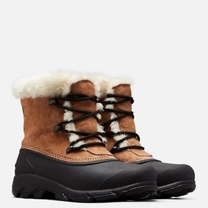 NWT SOREL Snow Angel Rootbeer